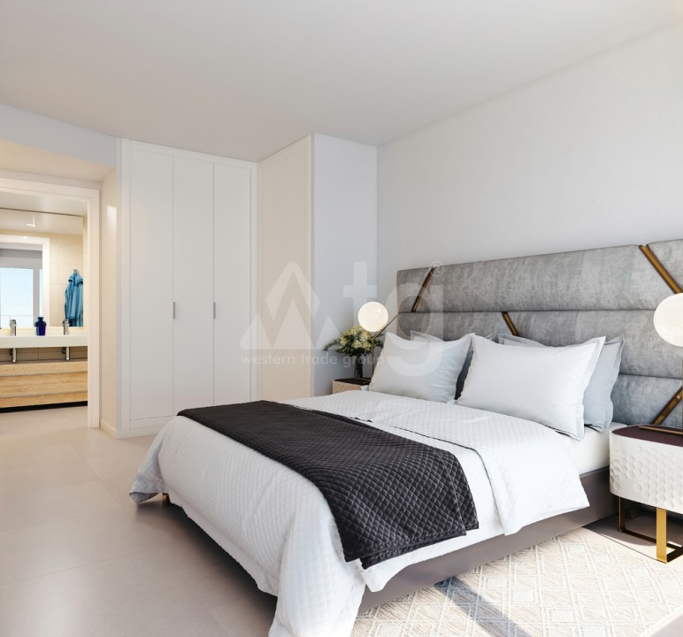 3 bedroom Bungalow in Torrevieja  - US115946 - 8