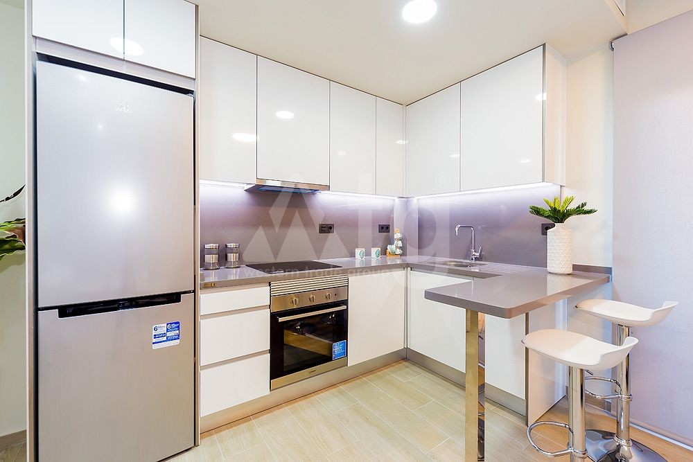 2 bedroom Penthouse in Torrevieja - AG8499 - 13