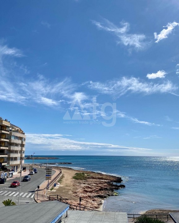 2 bedroom Penthouse in Torrevieja - AG8499 - 18
