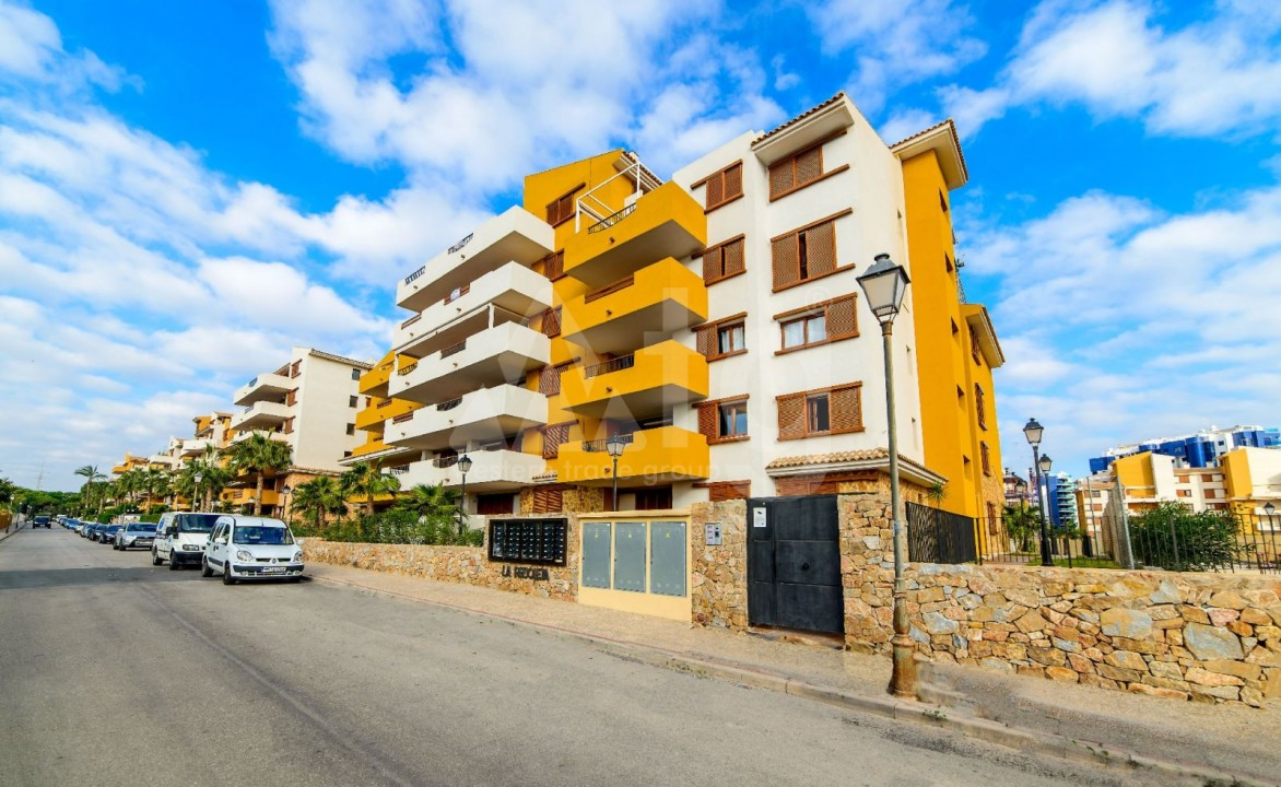 3 bedroom Apartment in Mil Palmeras  - SR7922 - 1