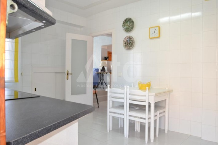 3 bedroom Apartment in Torrevieja  - PT8380 - 10