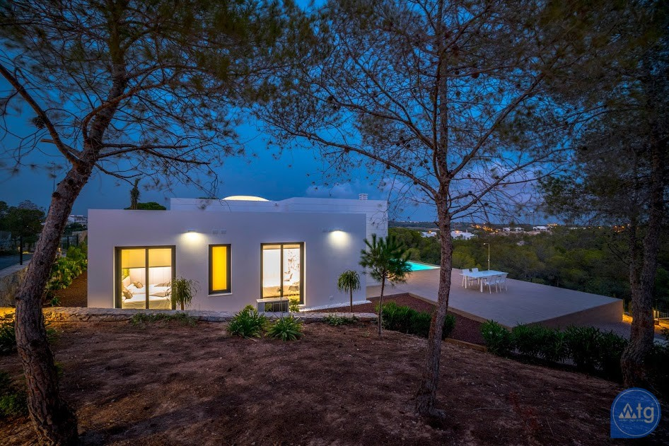 3 bedroom Villa in Las Colinas  - TRX119743 - 17