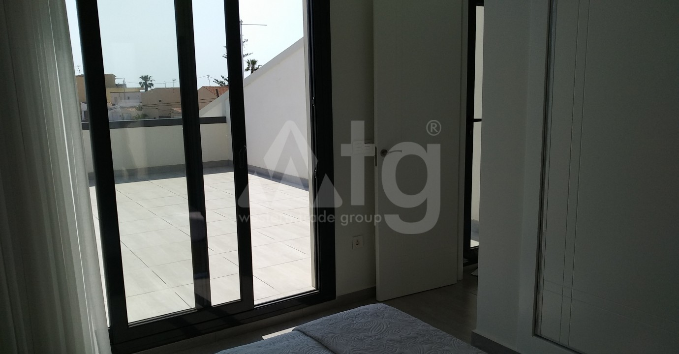 Luxury Class House near the sea  in Dehesa de Campoamor, Costa Blanca - AGI115632 - 11