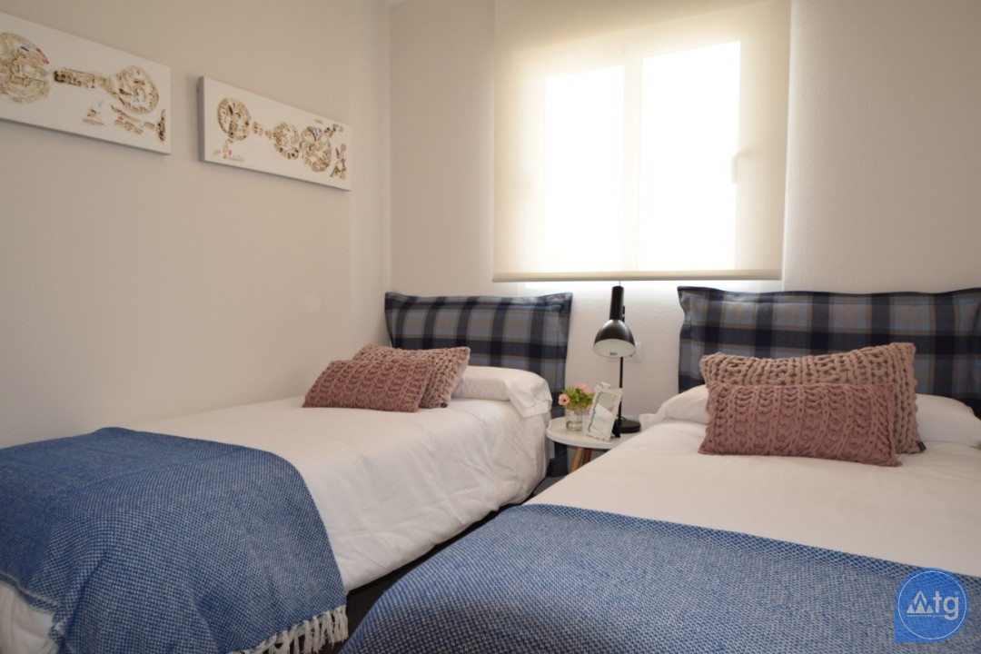 3 bedroom Penthouse in Villamartin - NS8277 - 21
