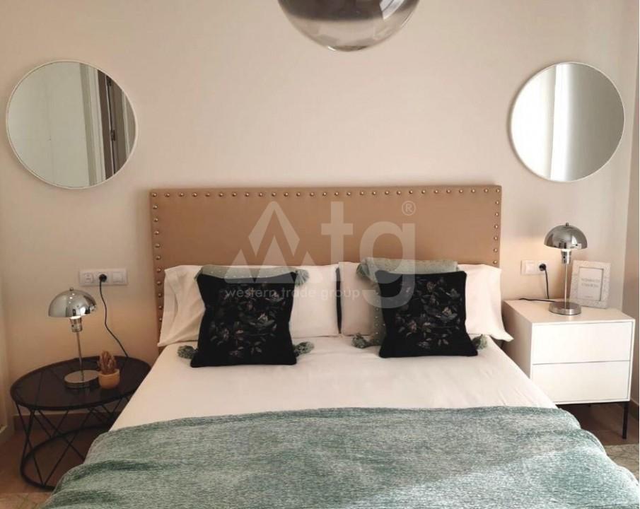 3 bedroom Penthouse in Villamartin - NS8277 - 22