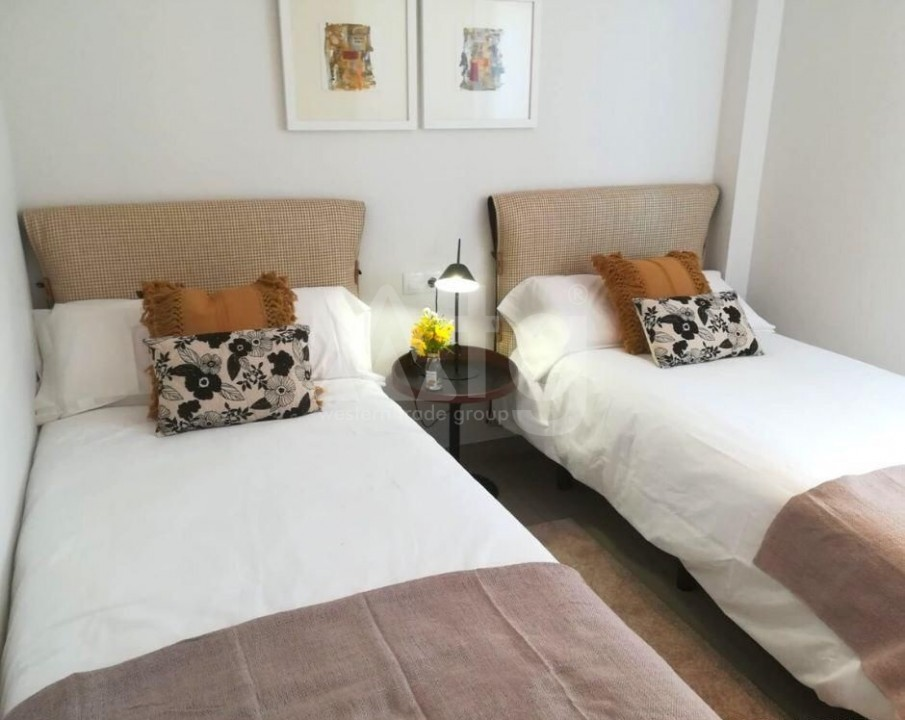3 bedroom Penthouse in Villamartin - NS8277 - 24