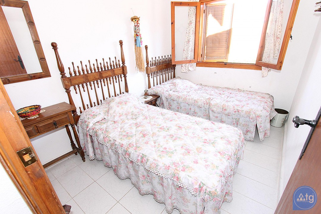 3 bedroom Penthouse in Villamartin  - NS114487 - 13