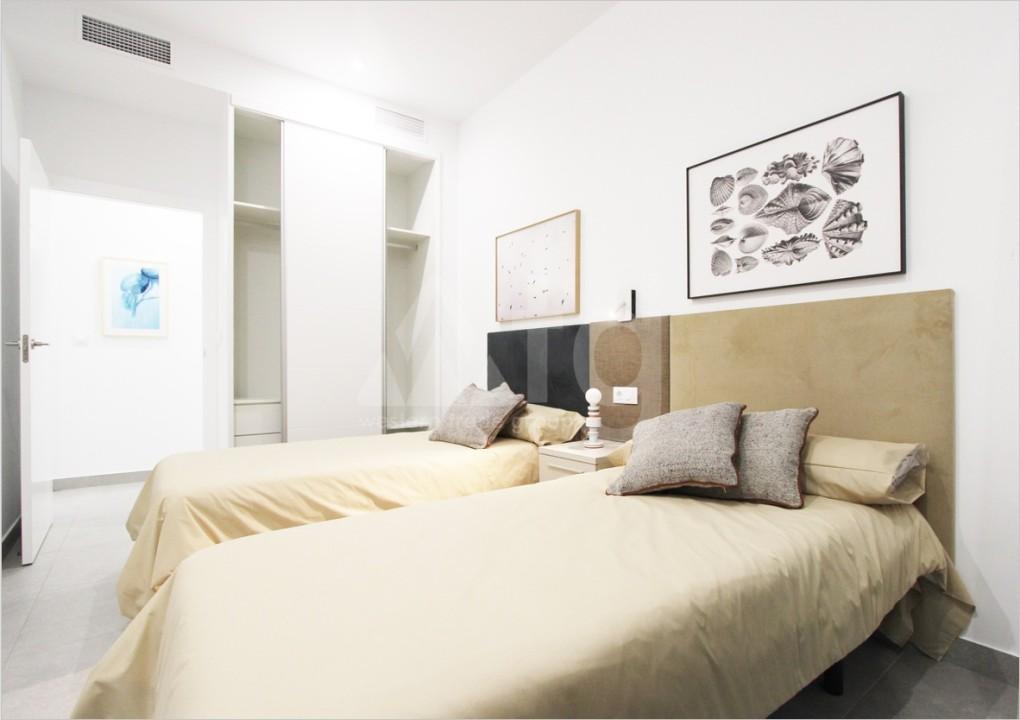 4 bedroom Villa in Dehesa de Campoamor  - AGI115609 - 13