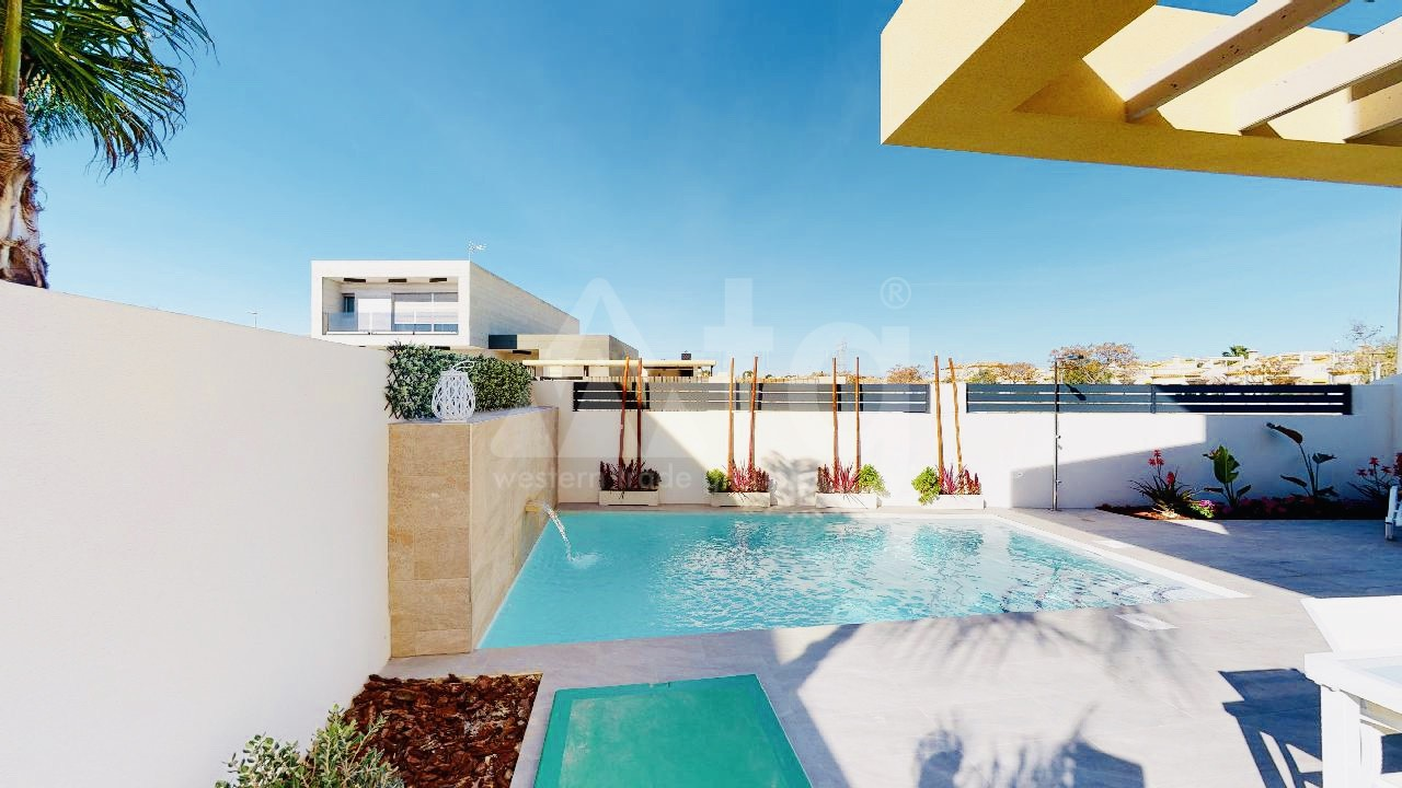 4 bedroom Villa in Torrevieja - IR6789 - 2