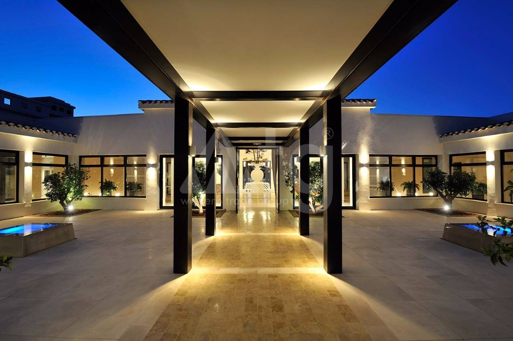 4 bedroom Villa in Benidorm  - CAM7712 - 9