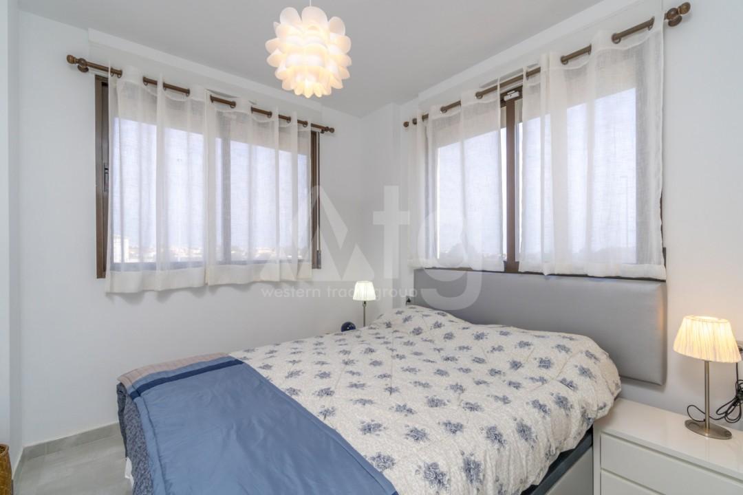 4 bedroom Villa in Guardamar del Segura - SL7196 - 13