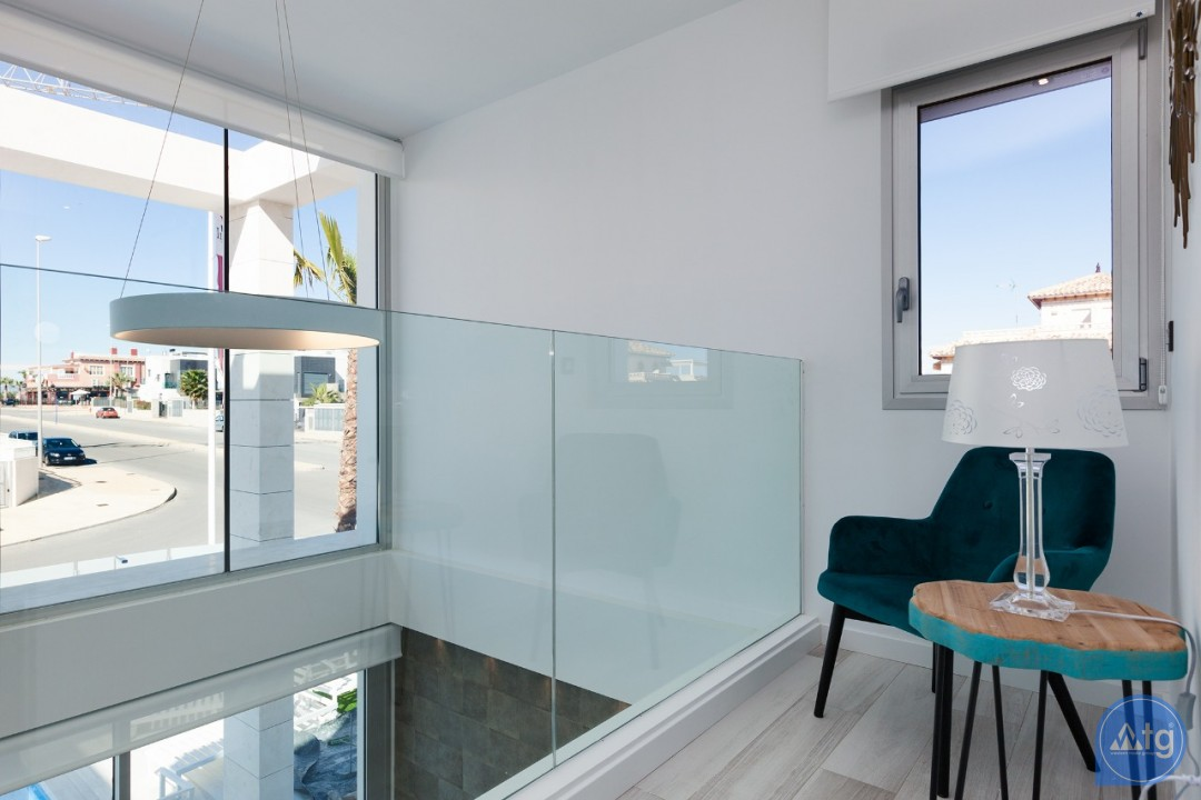 3 bedroom Villa in La Zenia - IM8223 - 8