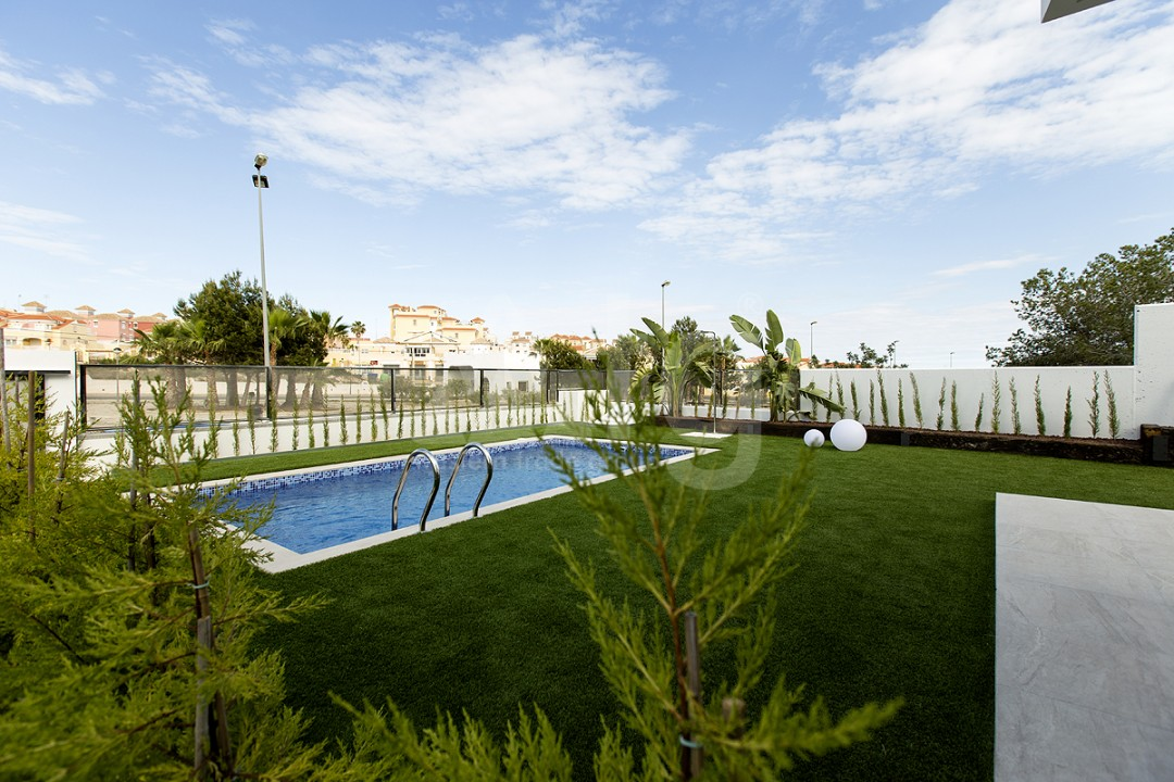 Villa de 3 chambres à Villamartin - SUN2122 - 22