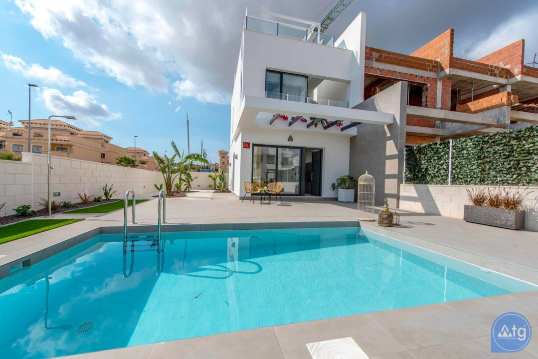Villa de 3 chambres à Villamartin - HH6411 - 35