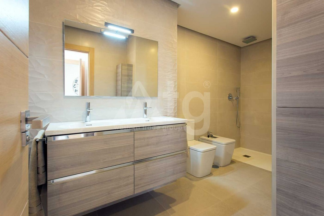 4 bedroom Apartment in Elche - US6902 - 14