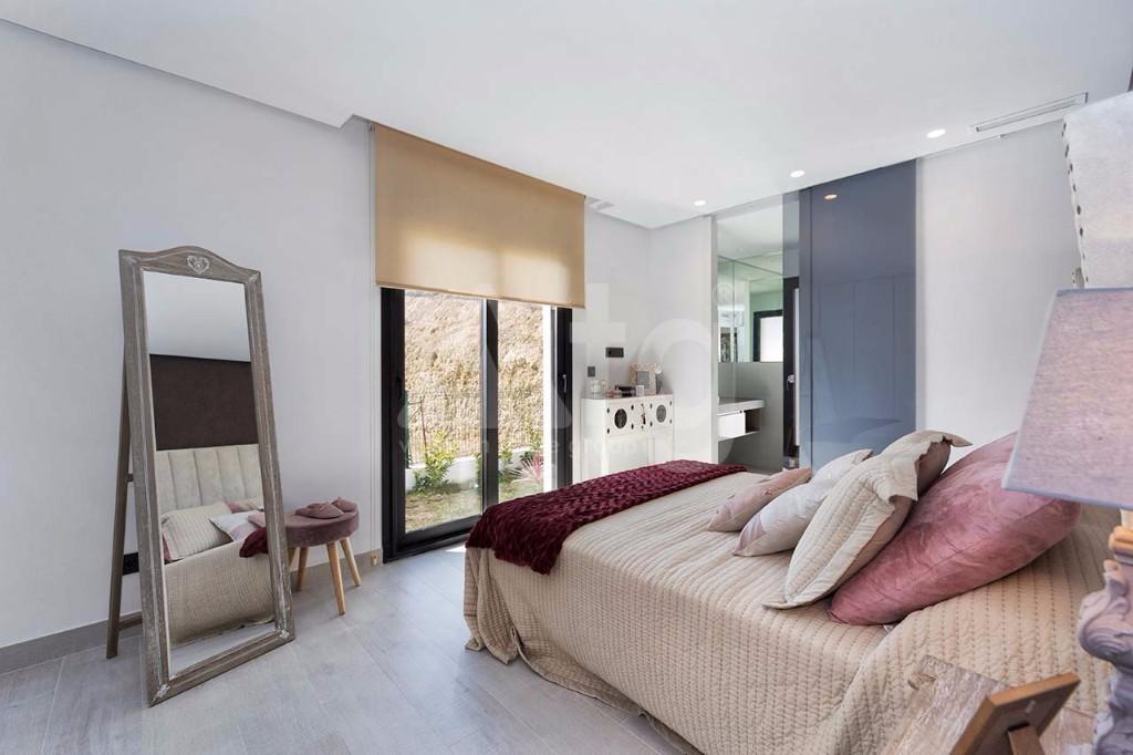 2 bedroom Apartment in La Manga - GRI7681 - 10