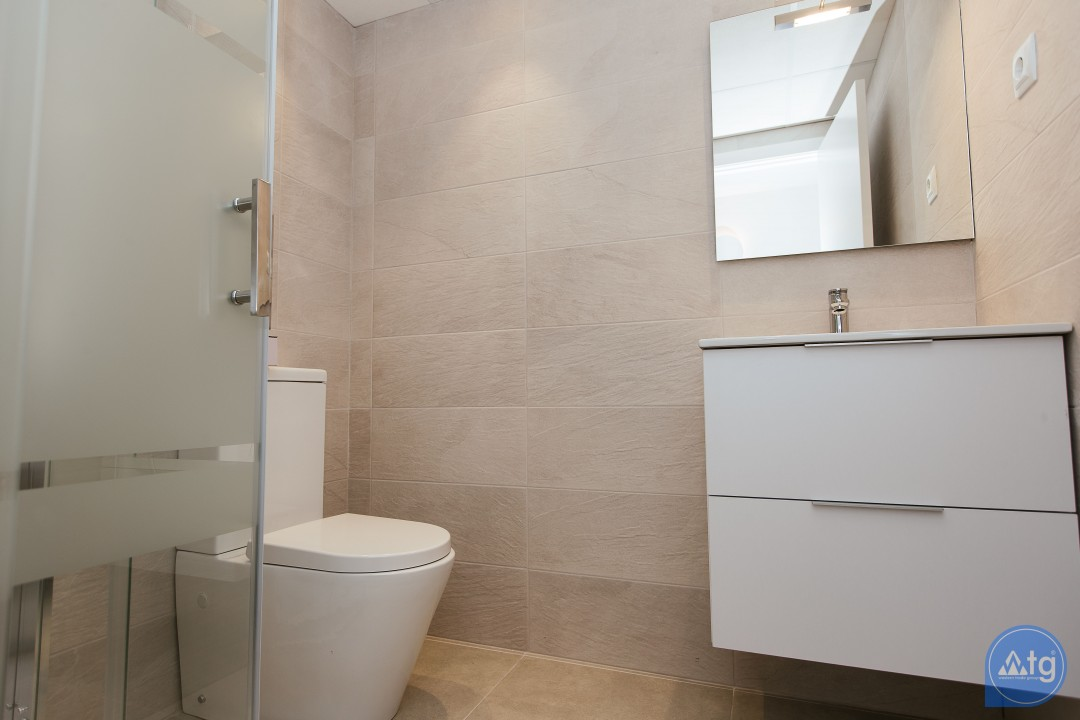 2 bedroom Apartment in La Manga  - GRI115256 - 24