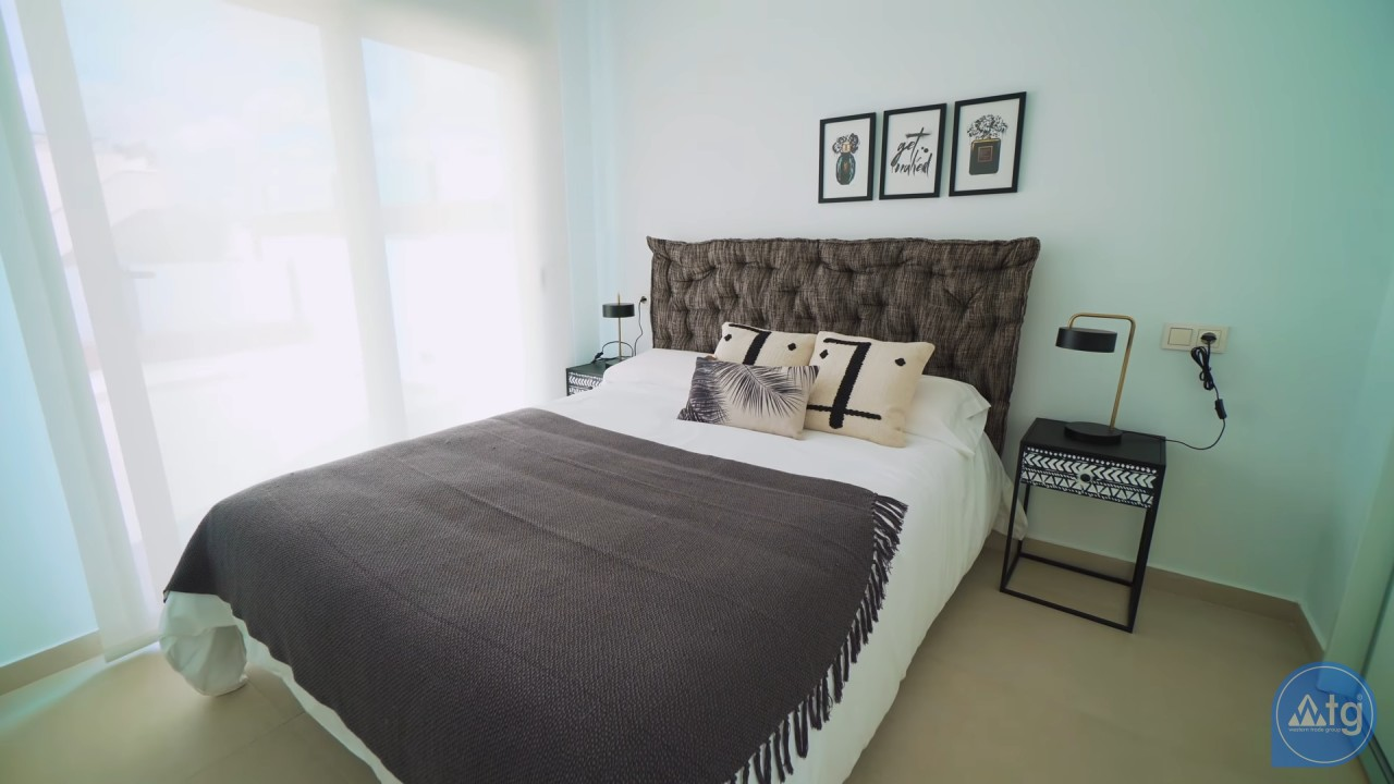 2 bedroom Apartment in Las Colinas - SM6047 - 25