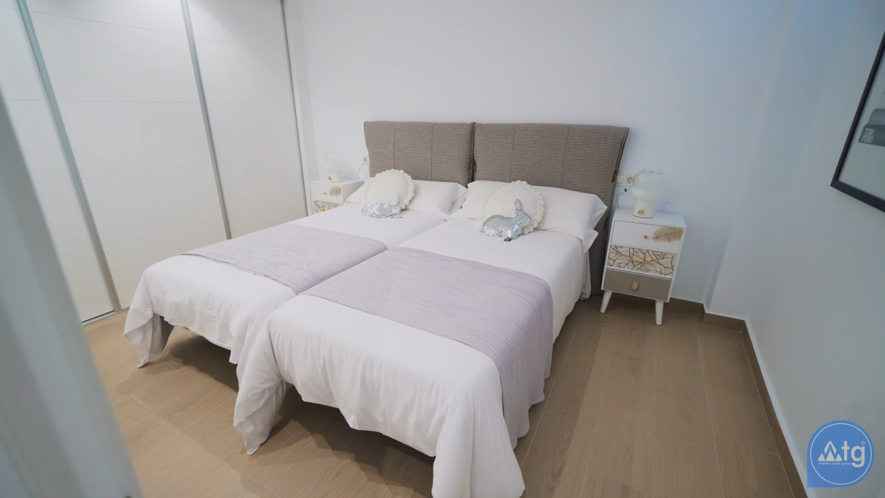 2 bedroom Apartment in Las Colinas - SM6047 - 27