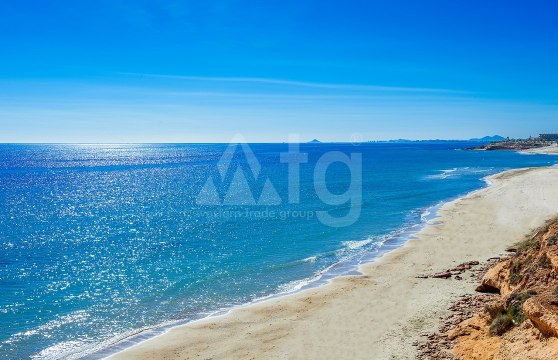 3 bedroom Apartment in Torre de la Horadada  - CC7391 - 12