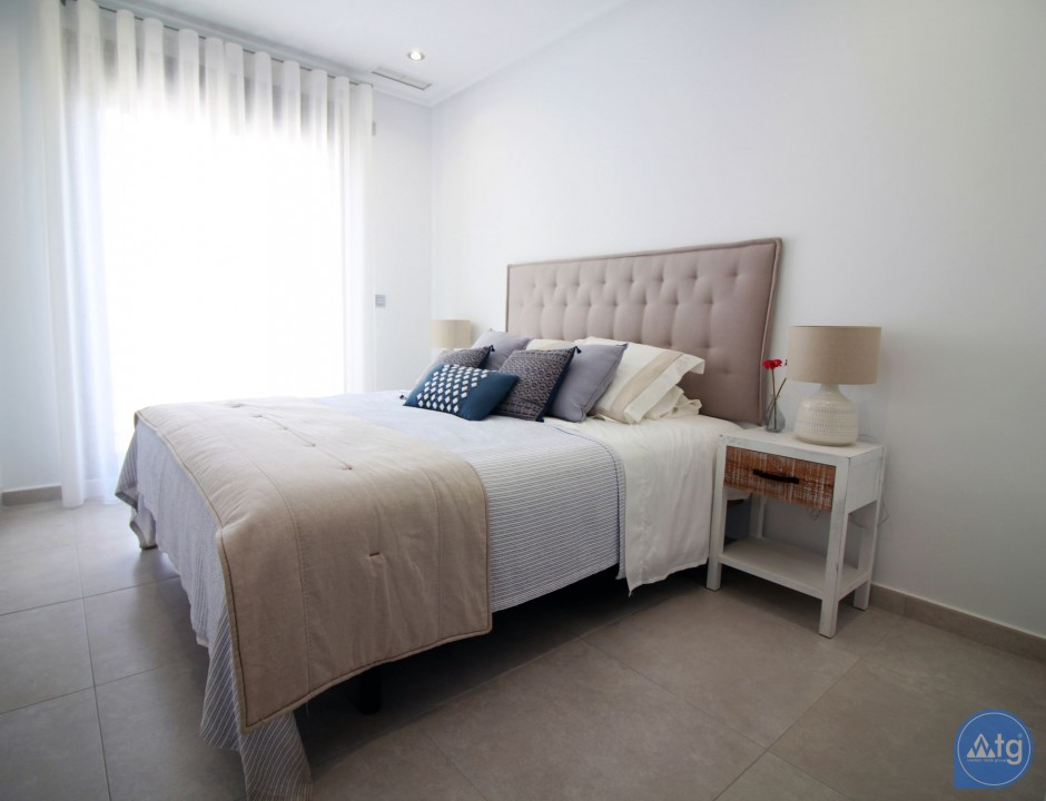 3 bedroom Apartment in Torre de la Horadada  - CC7391 - 26