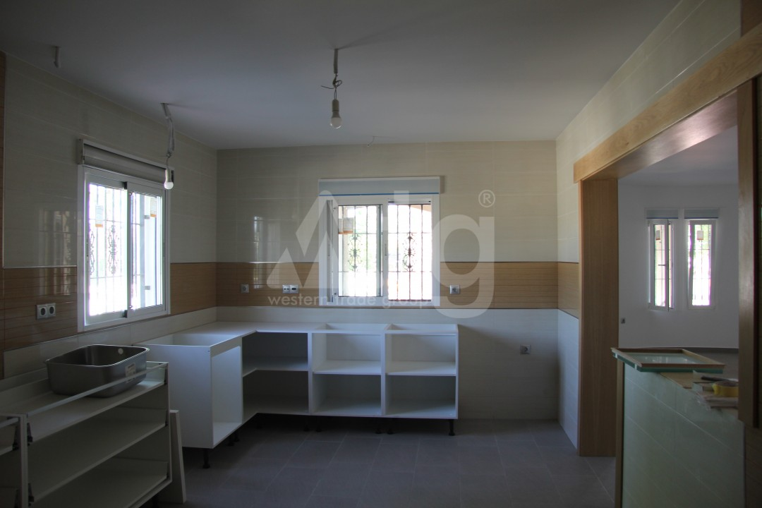 2 bedroom Apartment in Torrevieja  - AG5966 - 15