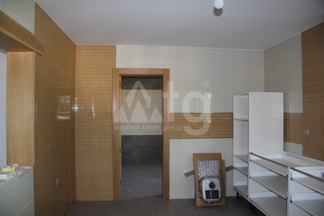 2 bedroom Apartment in Torrevieja  - AG5966 - 16