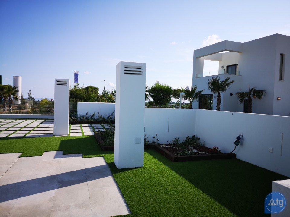 2 bedroom Apartment in Torrevieja - AG5919 - 18