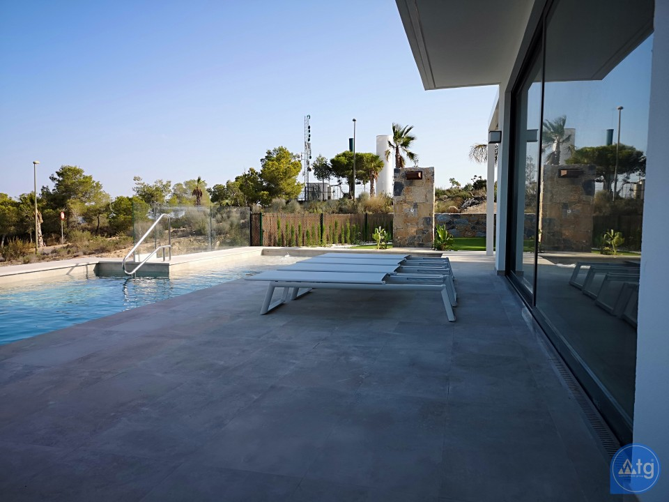 2 bedroom Apartment in Torrevieja - AG5919 - 3