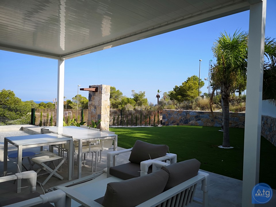 2 bedroom Apartment in Torrevieja  - AG5919 - 4