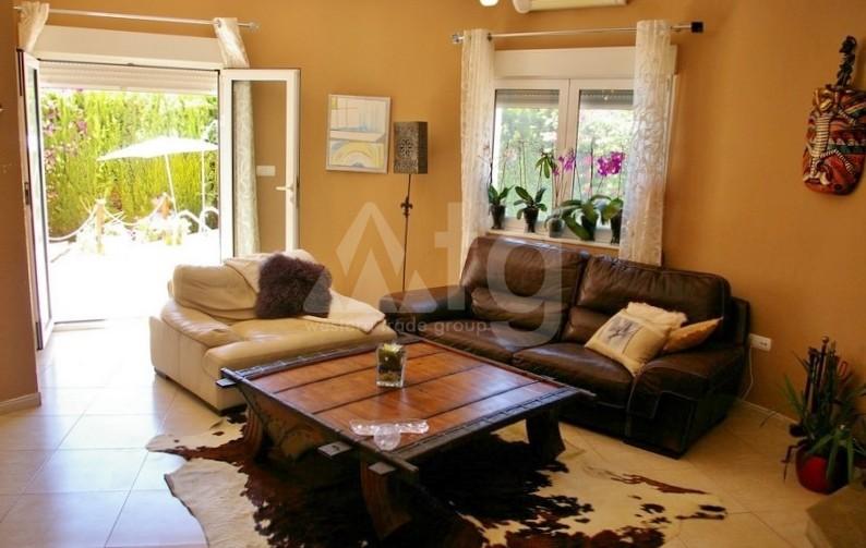 2 bedroom Apartment in Torrevieja - AGI6076 - 12