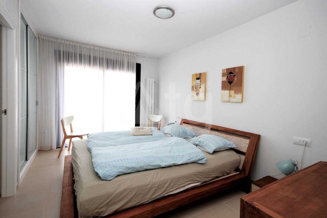 3 bedroom Apartment in Torrevieja  - ERF115834 - 10