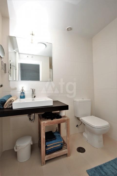 3 bedroom Apartment in Torrevieja  - ERF115834 - 14