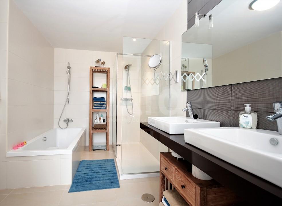 3 bedroom Apartment in Torrevieja  - ERF115834 - 15