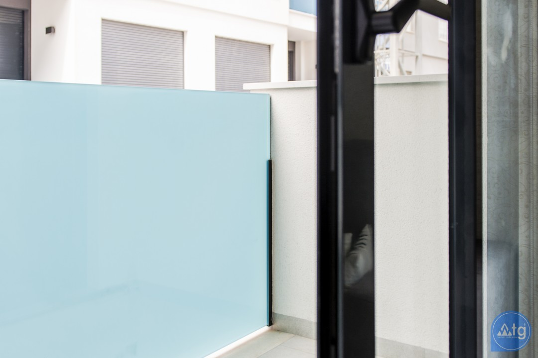 3 bedroom Apartment in Torrevieja  - AGI115586 - 35
