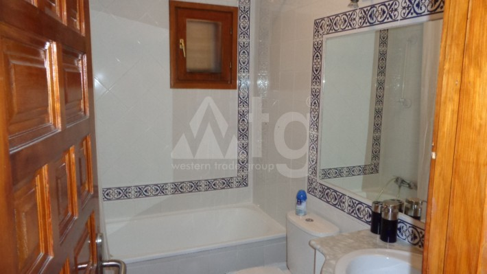 2 bedroom Apartment in Torrevieja - AG8491 - 12