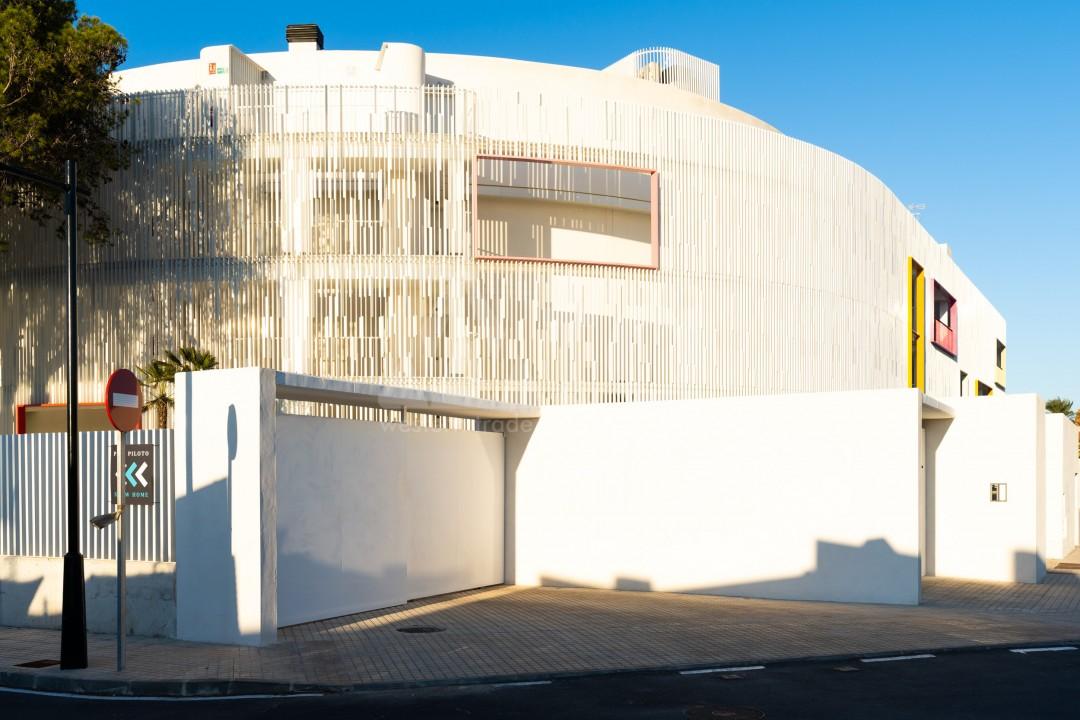 2 bedroom Apartment in Punta Prima  - TRI117472 - 9