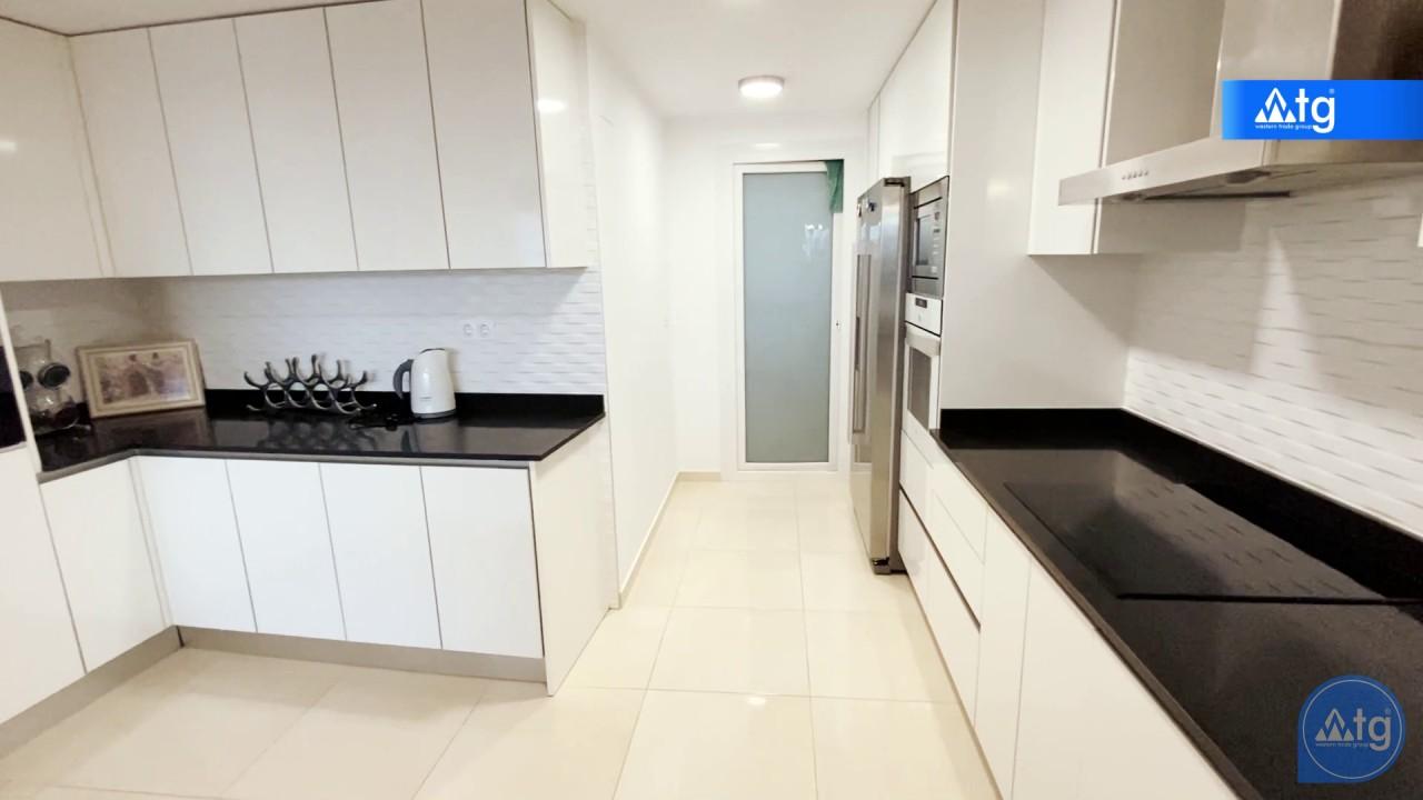 3 bedroom Apartment in Torrevieja  - ERF115831 - 45