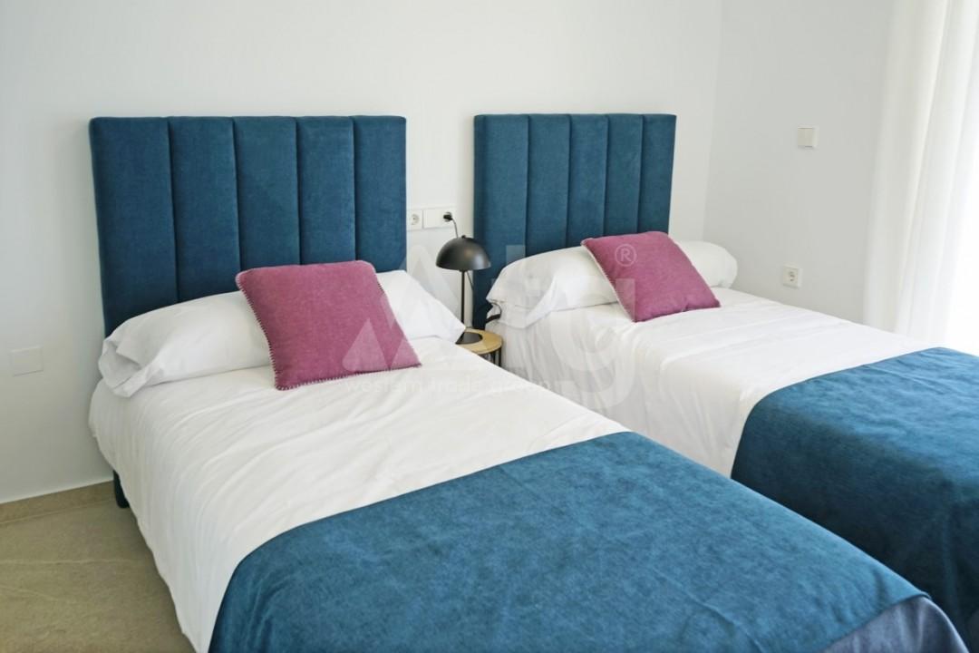 3 bedroom Apartment in Torrevieja  - ERF115838 - 15