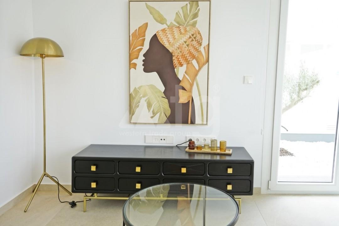 3 bedroom Apartment in Torrevieja  - ERF115838 - 16