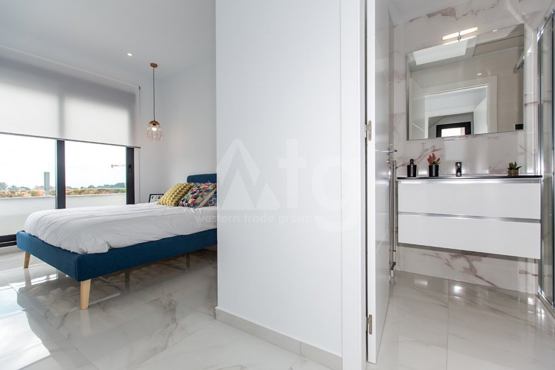 3 bedroom Apartment in Torrevieja  - MS115090 - 12