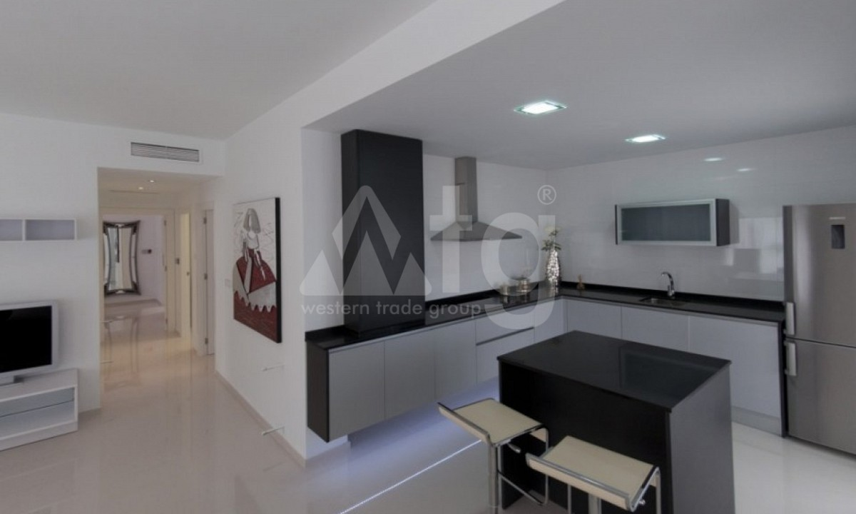 2 bedroom Apartment in Torrevieja  - TR7296 - 12