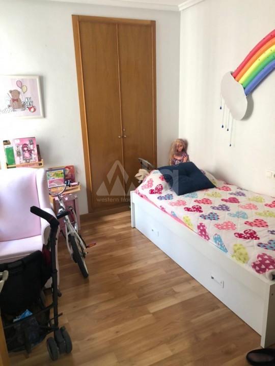 3 bedroom Bungalow in Torrevieja  - AGI115463 - 13