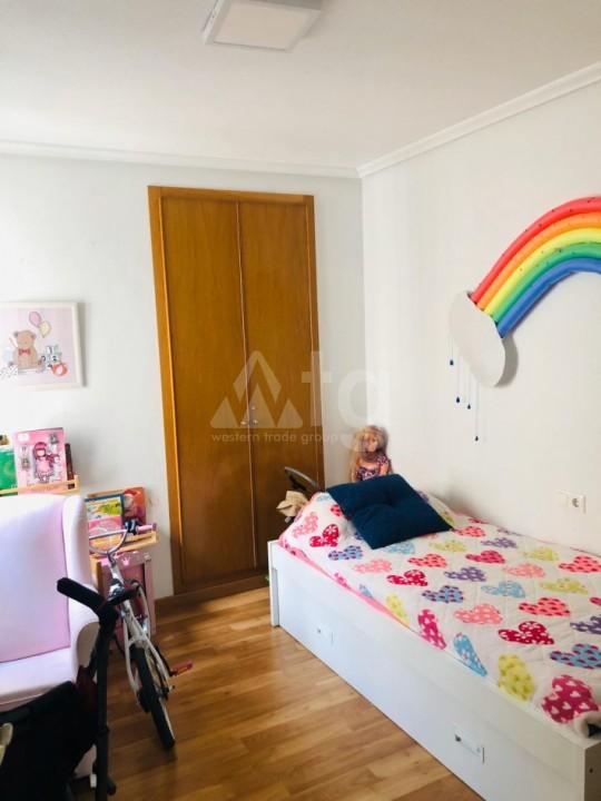 3 bedroom Bungalow in Torrevieja  - AGI115463 - 14