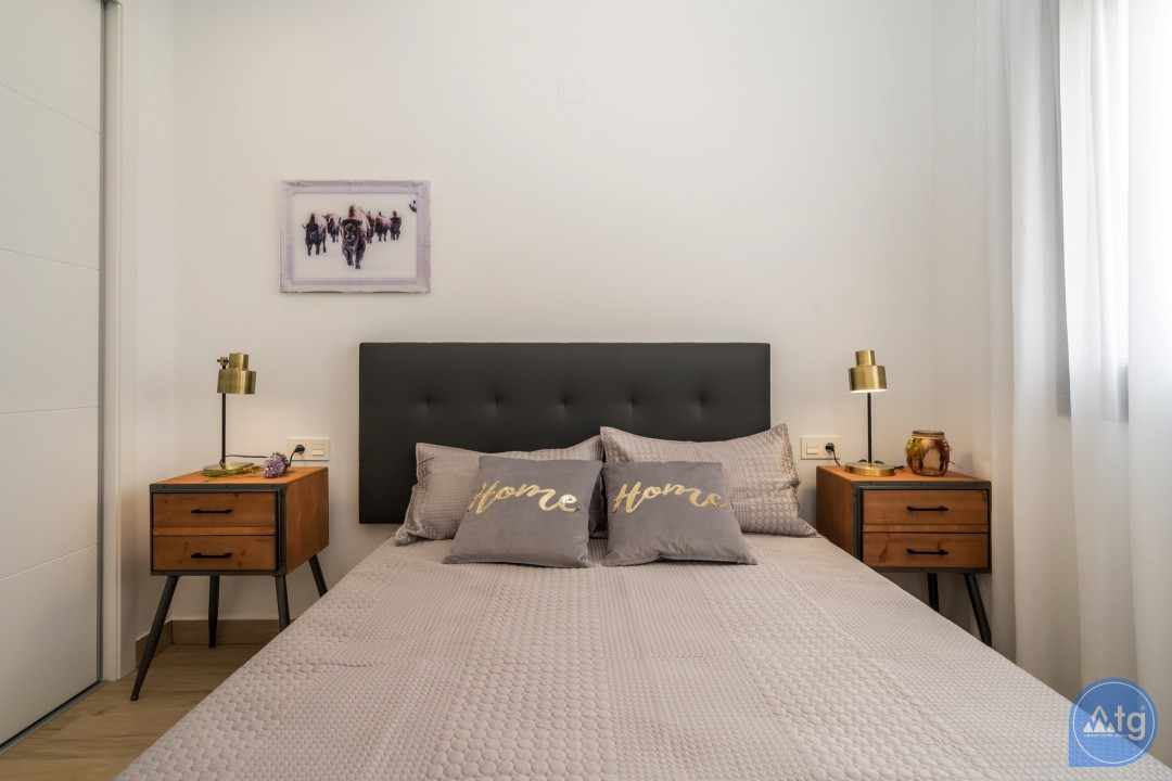 2 bedroom Bungalow in Torrevieja - IM114095 - 34