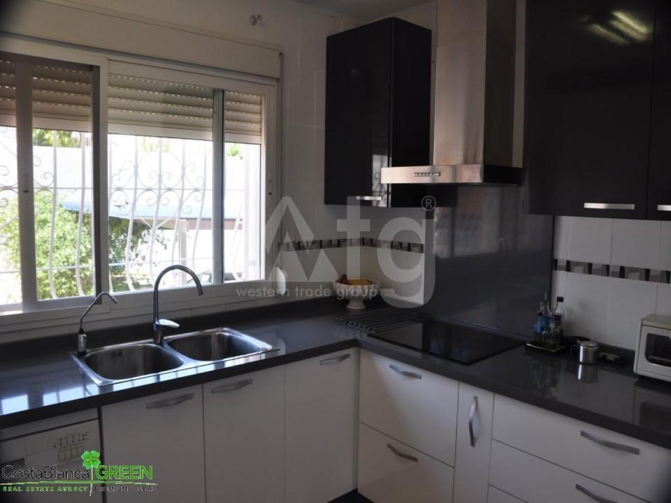 2 bedroom Bungalow in Torrevieja - IM114095 - 4