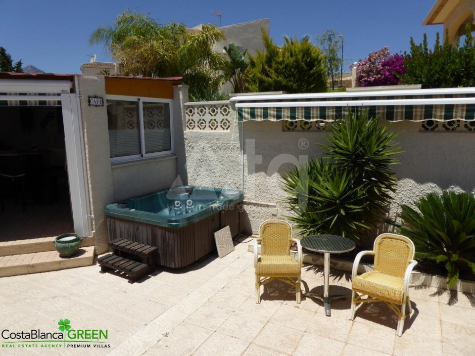 2 bedroom Bungalow in Torrevieja - IM114101 - 13