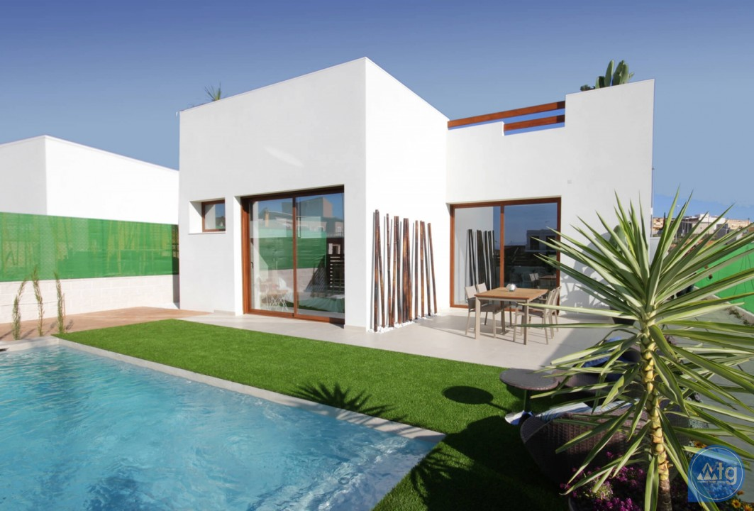4 bedroom Villa in Torrevieja - AGI2596 - 1