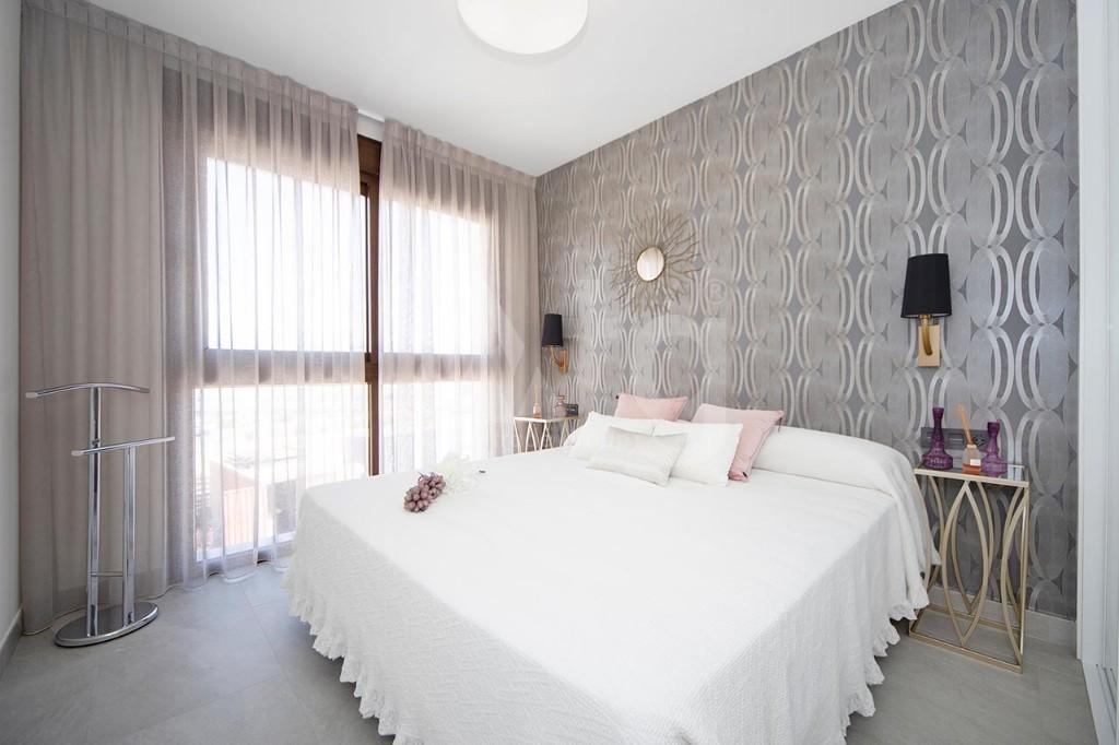 2 bedroom Apartment in La Manga - GRI7688 - 10