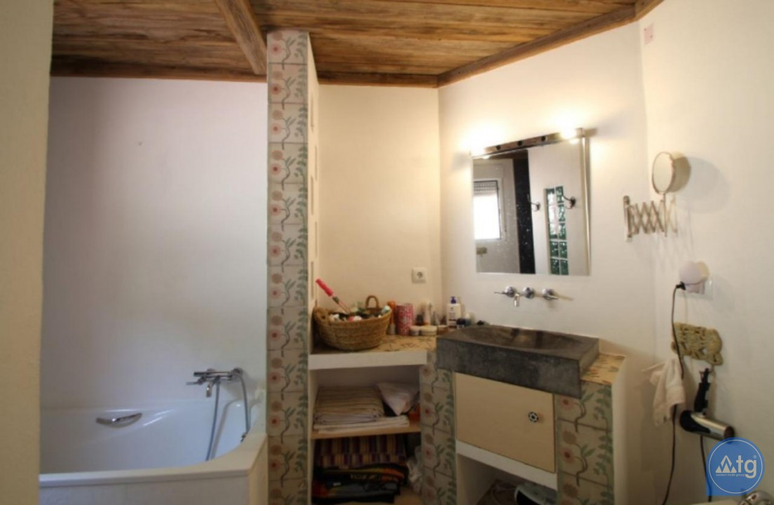 2 bedroom Apartment in La Mata  - OLE114163 - 15